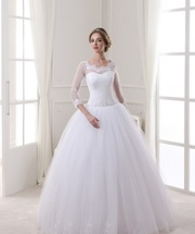 Распродажа коллекции 2016 года- Новое платье на высокую невесту
