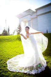 Продам свадебное платье футляр (русалочка) с фатиновым шлейфом